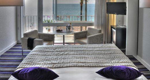 Mercure Promenade Des Anglais Nice   4 Hébergement et Vue sur la baie